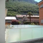 recinzione-vetro-acidato-satinato-profilo-alluminio-design-moderno-elegante-varese-azzate-milano-como-svizzera-canton-ticino-1o