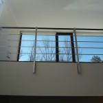 balaustra-parapetto-balcone-acciaio-inox-aisi-304-satinato-corrimano-legno-inserti-piatto-q-railing-azzate-varese-28a
