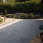 balaustra-parapetto-balcone-acciaio-inox-aisi-304-satinato-piantane-quadro-inserti-tondo-q-railing-azzate-varese-1e